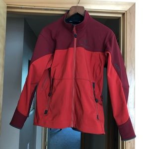 Awesome Arc'teryx jacket. Great condition